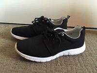 SIZE 6- Brand New Gym Trainers