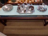 [SLC2/002] Good quality glass topped coffee table W 121cm x B 55cm x 41cm