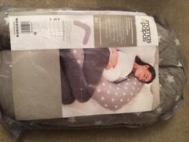 Mamas & Papas pregnancy and nursing pillow