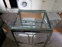 Extendable glass diner table and Transparent Metacrillic chairs - Tobias model and