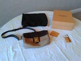 Tod's tan and brown shoulder bag
