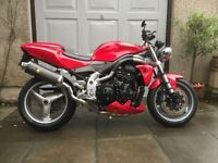 Excellent Triumph 955i SPEED TRIPLE , low miles, with extras.