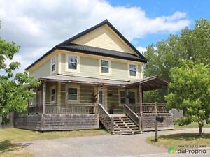 405 000$ - Maison 2 étages à vendre à ND-De-L'Ile-Perrot