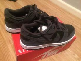 100% genuine Nike Dunk Low Trainers brand new size uk 5.5