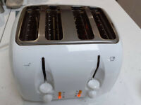 Russell Hobbs 4 slice toaster. Model no. 14444. Used
