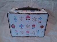 Vintage Tin Lunch Box