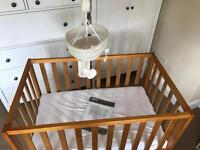 Mamas and Papas pettite Cot