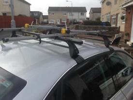 Audi lockable Roofbars and 2 cycle carriers
