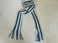 Men's Retrofire Accessories Scarf in Very Good Condition