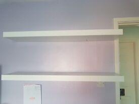 White floting shelves x2
