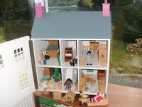 Dolls House - fully furnished