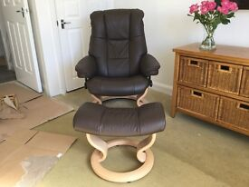 Stressless recliner Chelsea Chair and stool
