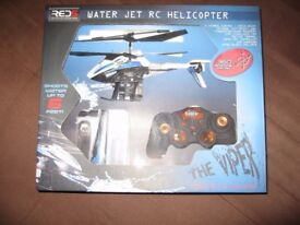 Remote Control Helicopter that Shoots Water !