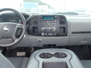 2010 CHEVROLET SILVERADO 1500 LS EXTENDED CAB 4WD Prince George British Columbia image 5