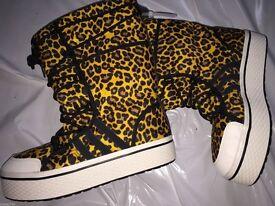 Adidas Honey Animal Print Snow/Leisure boots