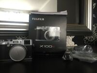Fujifilm FinePix Xseries X100s 16.3MP Digital camera -Black & Silver