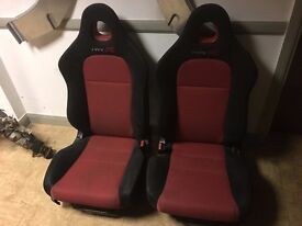 Honda Civic Type R EP3 Facelift Red/Black Front Seats