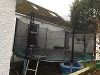 14' Trampoline with net, ladder and cover