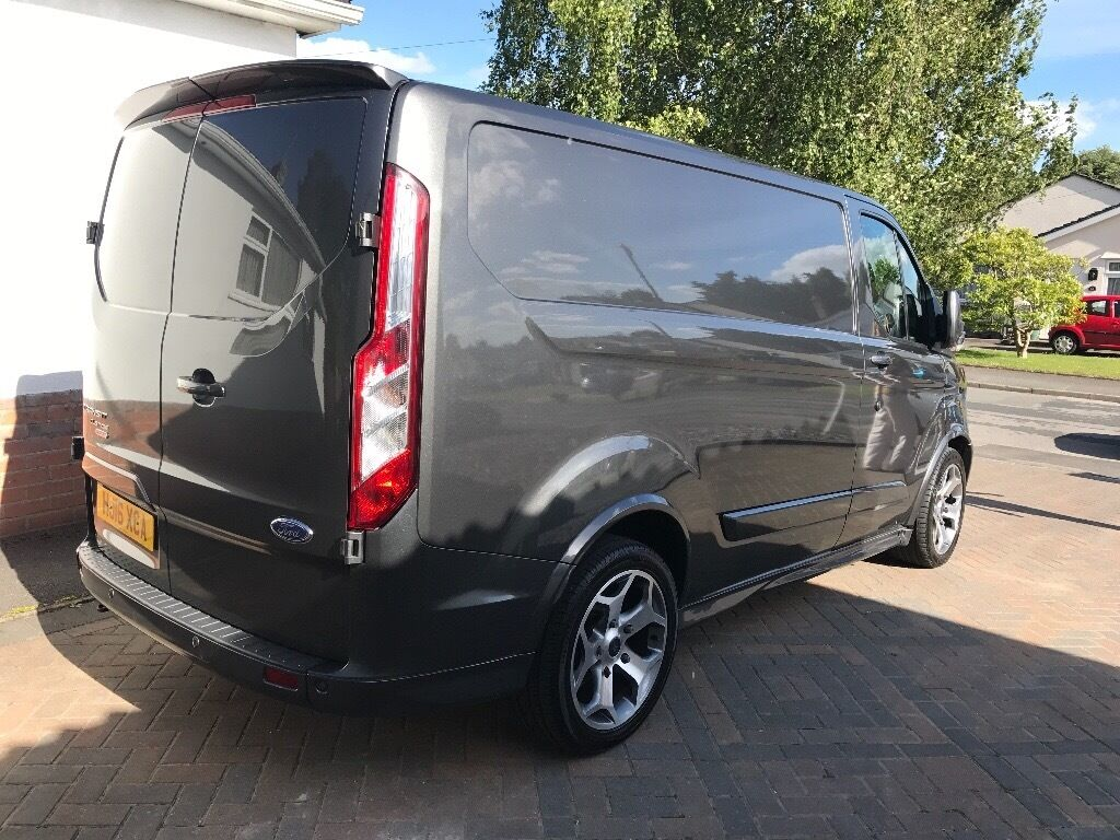 ford transit custom sv sport 155ps 2 2 tdci 2016 in wimborne dorset gumtree. Black Bedroom Furniture Sets. Home Design Ideas