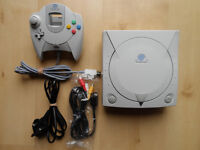 DREAMCAST SEGA DREAMCAST CONSOLE BUNDLE WITH SCART CABLE & ONE CONTROLLER
