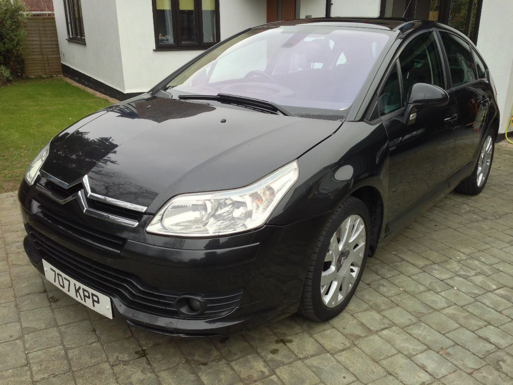 2007 57 citroen c4 1 6 hdi vtr automatic diesel high spec. Black Bedroom Furniture Sets. Home Design Ideas