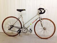 Falcon road bike 10 speed lightweight Ideal for Commuting