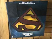 DC-Comics-Superman-logo-light-USB-And-battery-Operated
