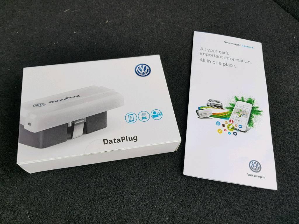 Volkswagen data plug