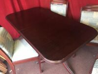 DARK WOOD DINNING TABLE WITH 4 CHAIRS,CAN DELIVER