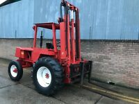 Manitou rough terrain forklift/ dumper/tractor, diesel, complete with bucket
