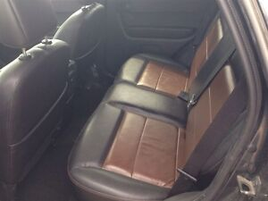 2008 Ford Escape XLT * POWER ROOF * LEATHER London Ontario image 9