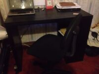 Computer Table Just 6 month Used Looking New and Urgent Sale