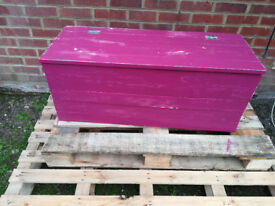 Deep pink shabby chic blanket box large