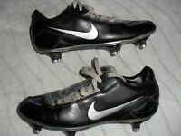 NIKE TOTAL 90 SHOOT FOOTBALL BOOTS - SIZE 5 - EXCELLENT SCREW OUT STUDS - ONLY £5