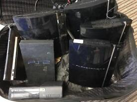 Job Lot of old game consolessl