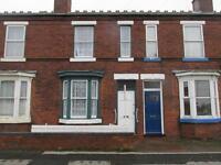 **NEW** Delightful 2 Bedroom mid-terrace house - WS2 - doorstep of Manor Hospital