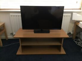 32 Inch Samsung LED TV UE32H5000AK Plus Table (optional) I Can Transport If Necessary In Manchester