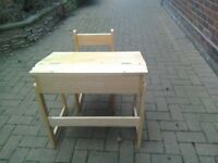 Toddlers wooden desk with chair