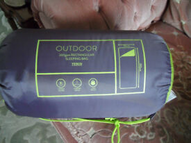 BRAND NEW SLEEPING BAG