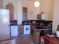 Top floor unfurnished flat for rent 9 South Woodside Road, Kelvinbridge, G4 9HE