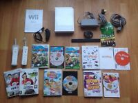 Nintendo Wii Console Bundle With Games and Controllers inc super Mario party