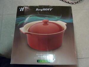 """BergHOFF Geminis 11.75"""" x 10"""" Round Covered Baking Dish - Red"""