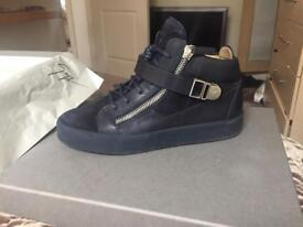 Giuseppe Zanotti blue suede with CLG code size 42/8UK