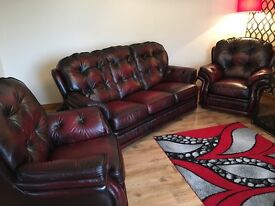 Red/brown leather chesterfield suite