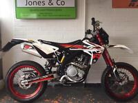 Rieju Marathon Pro 125 3281 miles supermoto (Yamaha Wr engine) Delivery available.