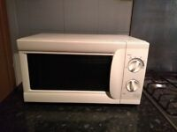 Microwave. Tesco model MM07