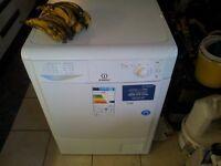 Tumble dryer indesit IDC 85