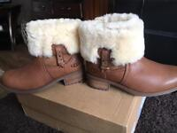 Brand new boxed Genuine UGGS. Size 3