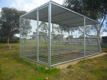 Greyhound runs dog puppy catrun cage enclosure for Dog run cage enclosure