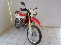 Honda CRF 250L with 3311 miles ---- Save £250 ---- Price Promise !!!!